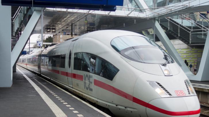 ICE Amsterdam - Arnhem - Frankfurt